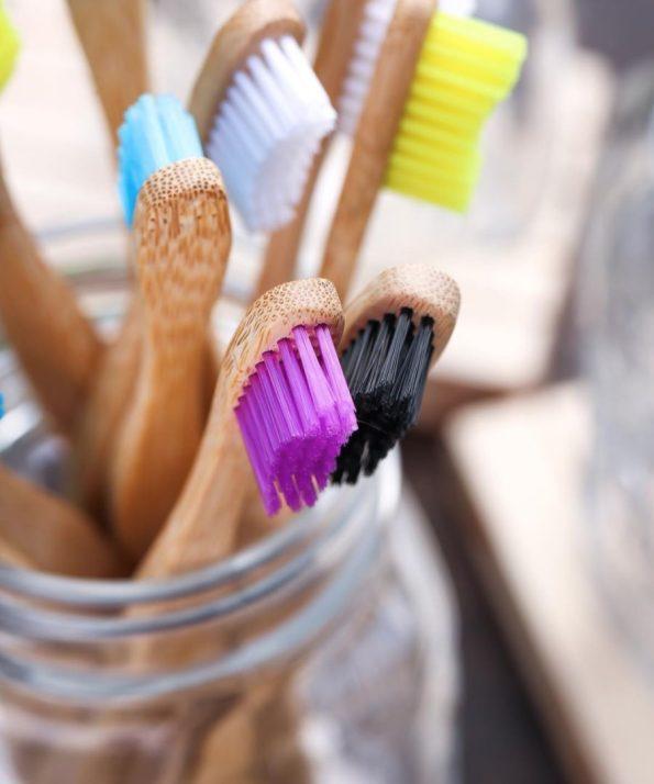 The-Humble-Co-escova-dentes-bambu-adulto